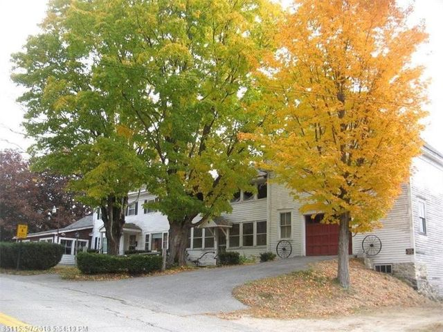 725 prospect ave rumford me 04276 3 beds 2 baths home details