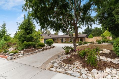 Photo of 4735 Ocean View Blvd, La Canada Flintridge, CA 91011