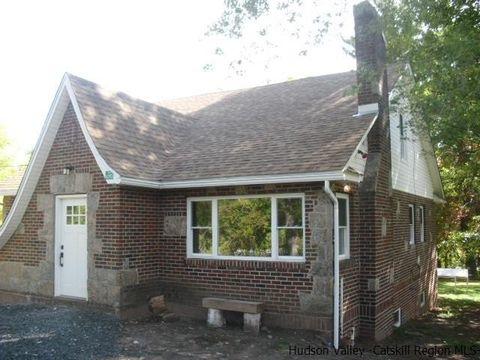 6393 Main St, Tannersville, NY 12485