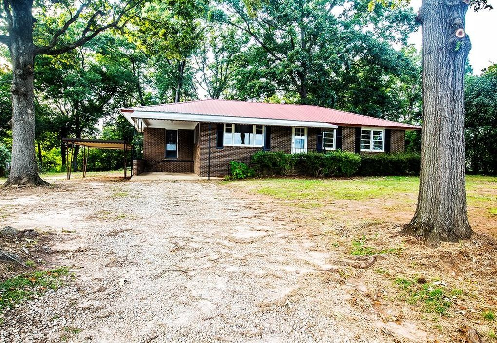 117 Pinsonville Rd, Greenwood, SC 29646