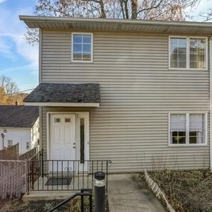 11 Garden St Unit A, Morristown, NJ 07960
