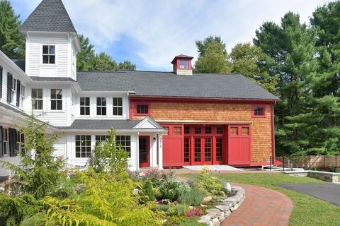 Photo of 271 Great Rd Unit Top, Stow, MA 01775