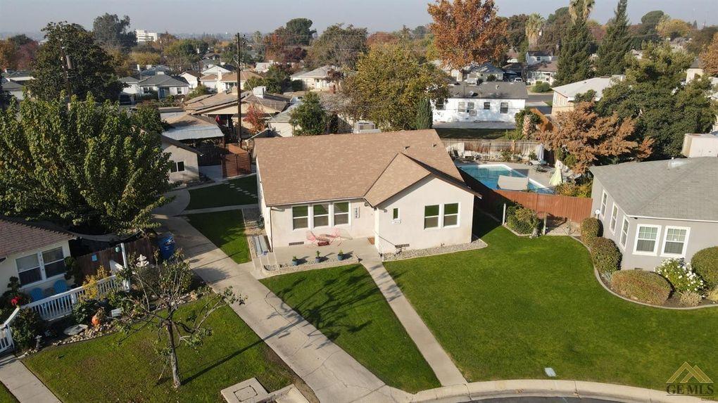 2404 LA Siesta Dr Bakersfield, CA 93305