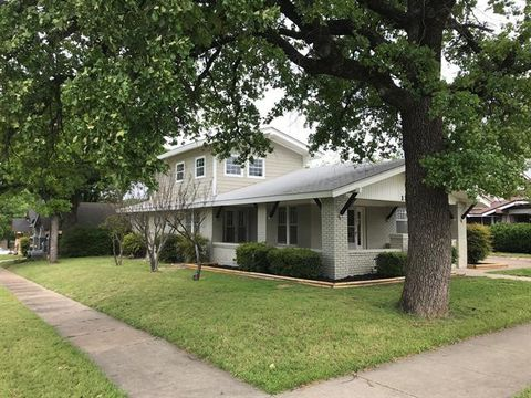 Photo of 1101 N Oak Ave, Mineral Wells, TX 76067