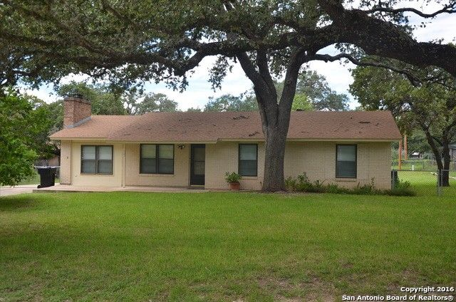 522 williamsburg rd devine tx 78016 home for sale