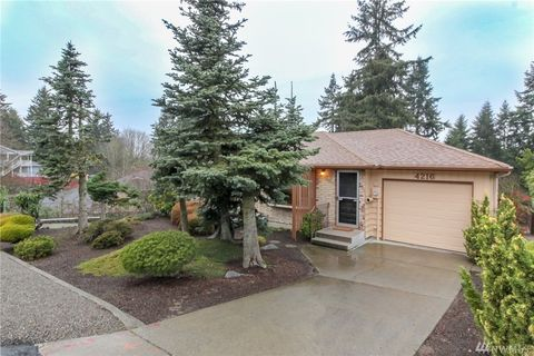 4216 S 160th St, Tukwila, WA 98188