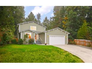 Photo of 8126 Ne Evergreen Ave, Indianola, WA 98342