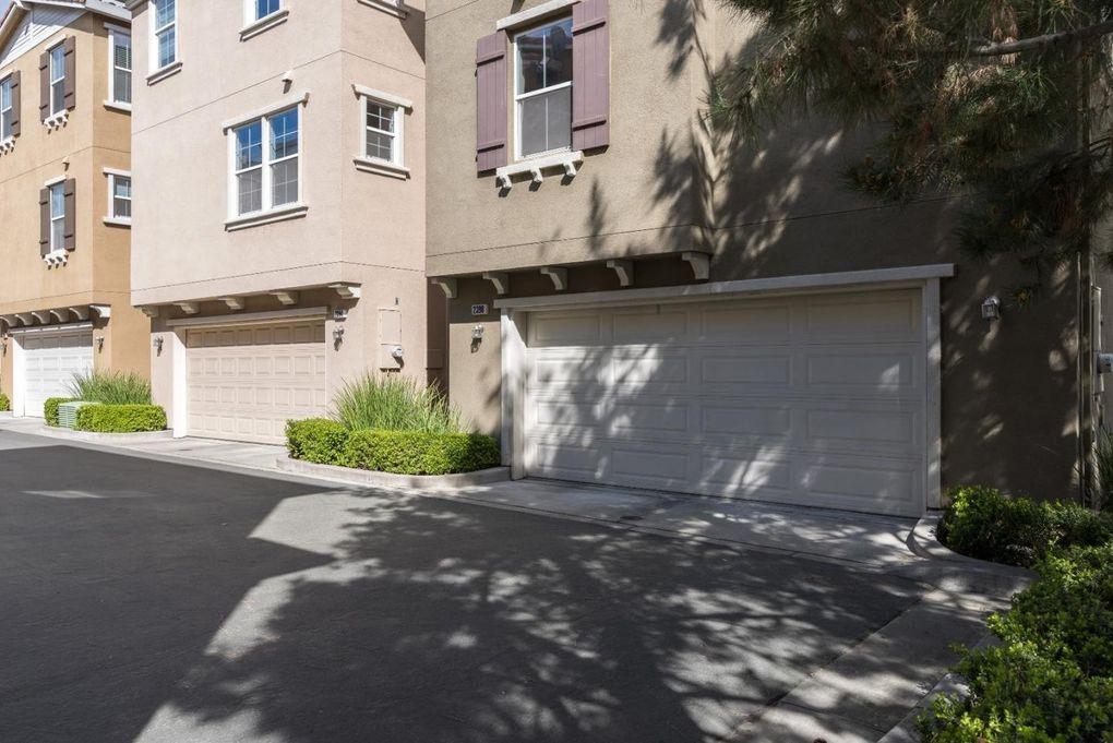 2398 Azevedo Pkwy, San Jose, CA 95125