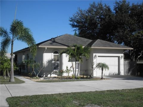Village Oaks Condominiums Stuart Fl Real Estate Homes For Sale