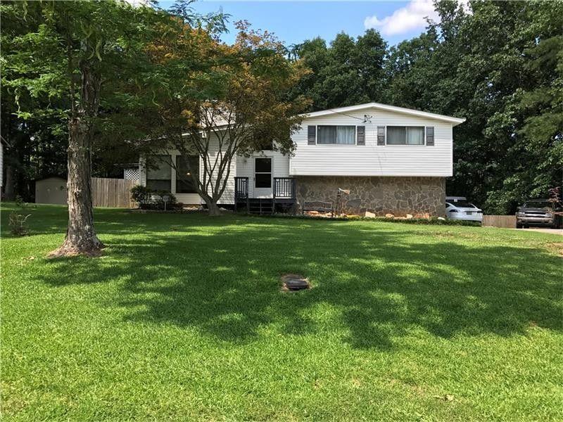 3810 Sugar Creek Dr, Douglasville, GA 30135 - realtor.com®