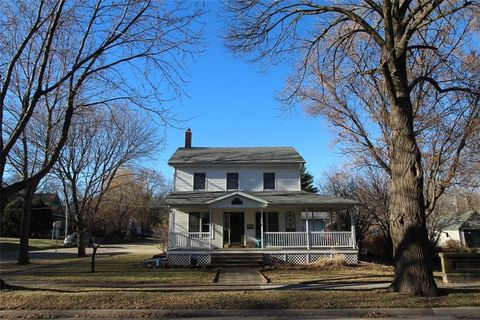 503 2nd Ave, Mount Vernon, IA 52314