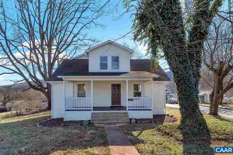 812 Rives St, Charlottesville, VA 22902