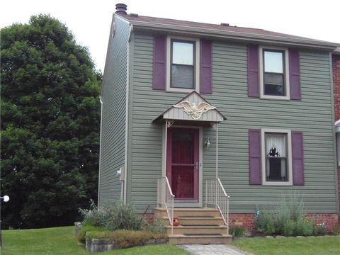 Photo of 206 Cambria Hill Dr, East Deer, PA 15084