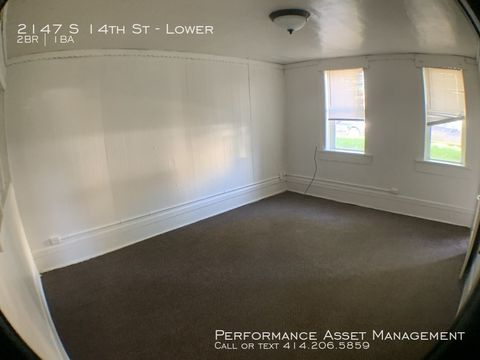 Photo of 2147 S 14th St Unit Lower, Milwaukee, WI 53215