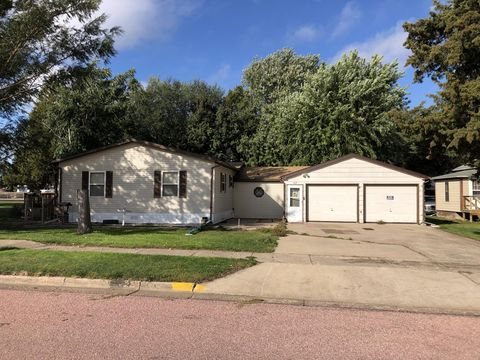 Photo of 107 West Ave, Wagner, SD 57380