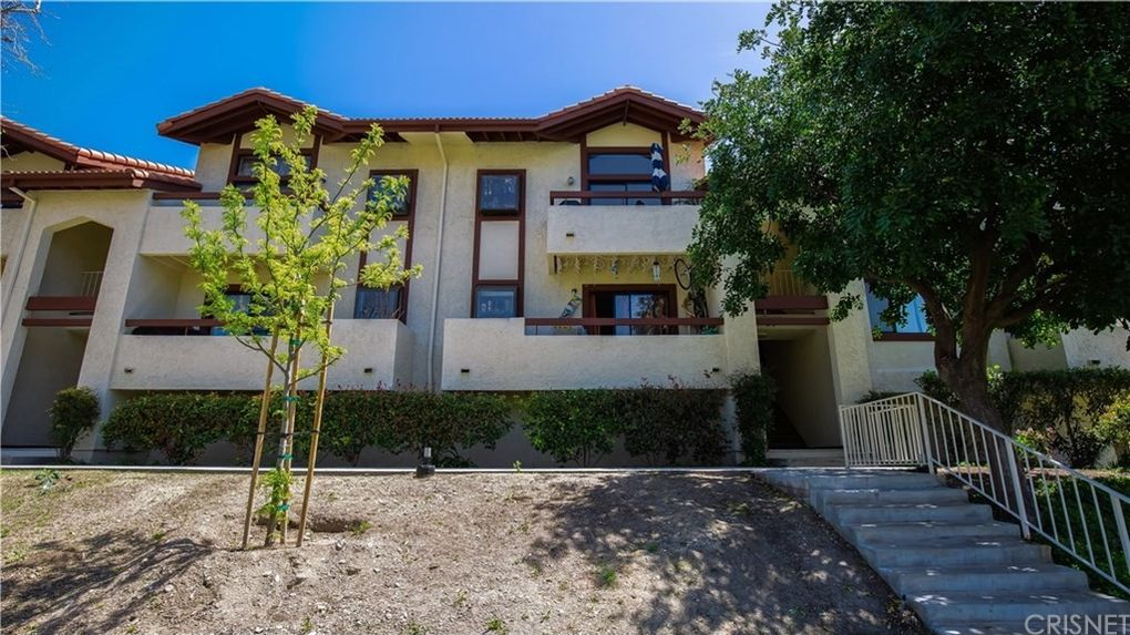 27979 Sarabande Ln Unit 244, Canyon Country, CA 91387