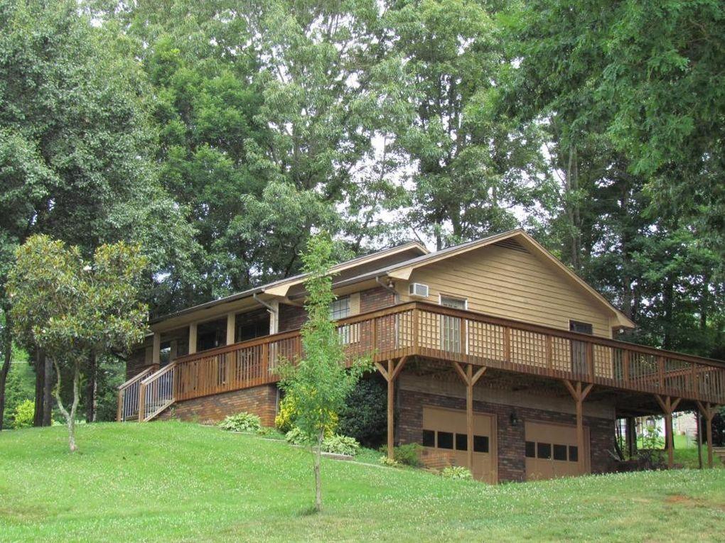 1081 Chestnut Ridge Dr, Lenoir City, TN 37771