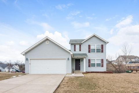 Photo of 32 Great Owls Way, Winfield, MO 63389