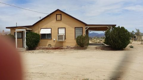 12532 E Lincoln Rd, Lucerne Valley, CA 92358
