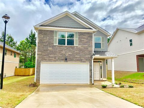 Photo of 2281 Wentworth Dr, Morrow, GA 30260