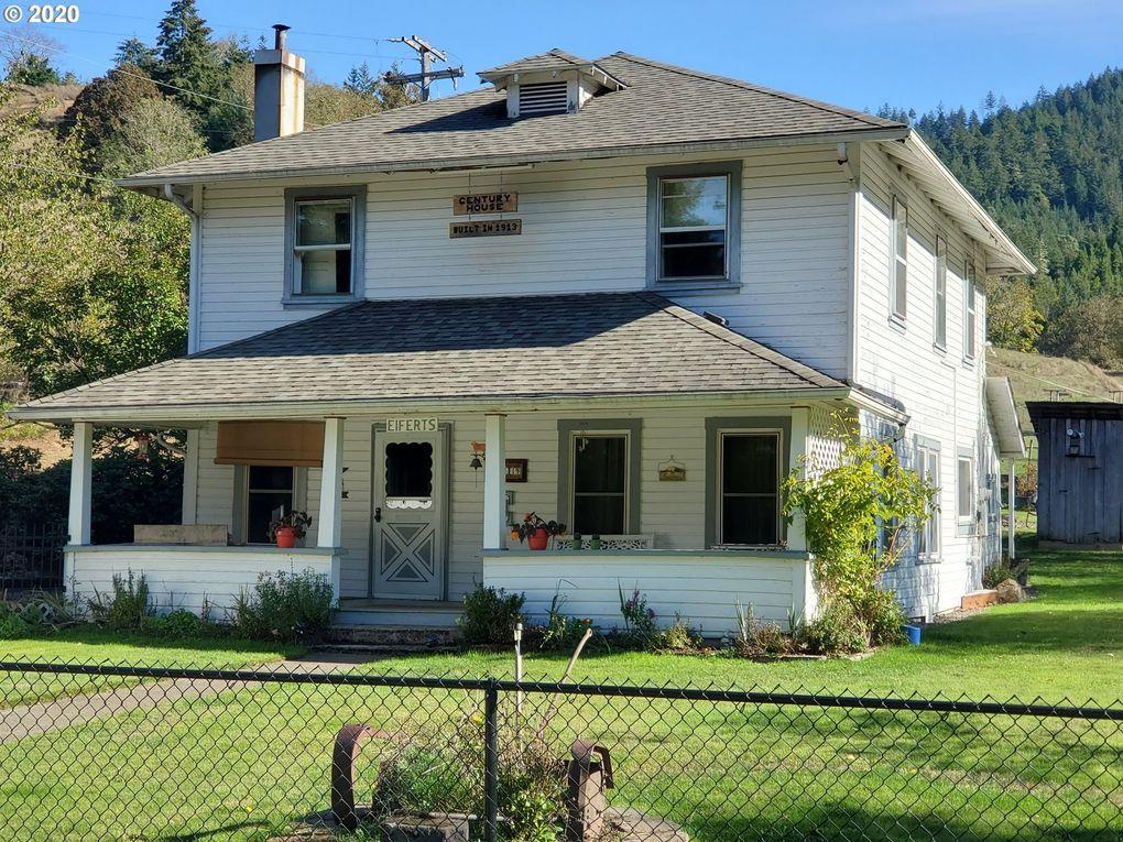 8719 Buckhorn Rd Roseburg, OR 97470