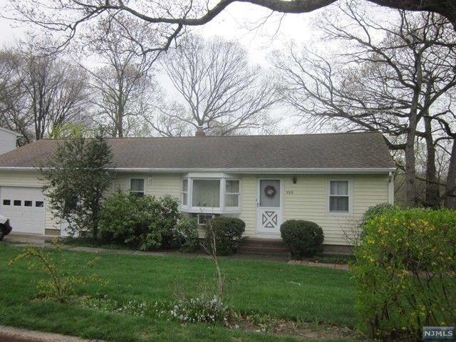 150 Spruce St Midland Park NJ 07432