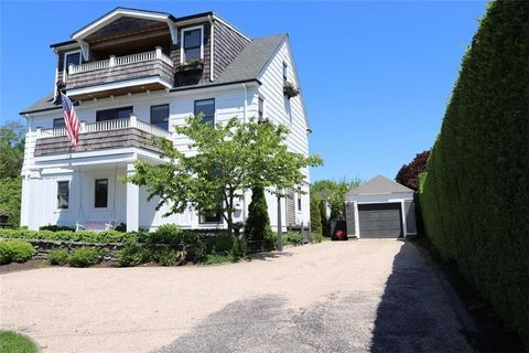 Photo of 58 Ruggles Ave, Newport, RI 02840