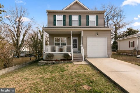 7815 Harbor Dr, Orchard Beach, MD 21226