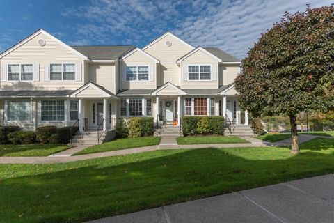 180 Turn Of River Rd Unit 18 D, Stamford, CT 06905
