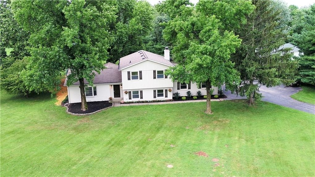 11495 E 111th St, Fishers, IN 46037