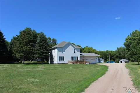 23928 472nd Ave, Dell Rapids, SD 57022
