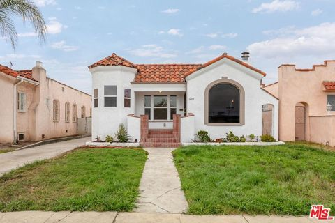 Photo of 7407 Dalton Ave, Los Angeles, CA 90047
