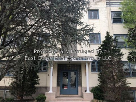 Photo of 2 Broadway Apt 2, Hagerstown, MD 21740