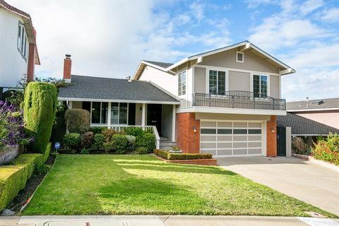 718 Clearfield Dr, Millbrae, CA 94030