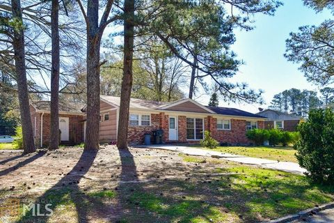 Photo of 3101 Stratford Arms Dr, Chamblee, GA 30341