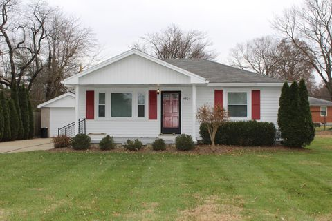 40258 real estate homes for sale realtor com rh realtor com foreclosed homes  for sale louisville ky 40258 - Homes For Sale Lou Ky 40258 - Modern Green House •