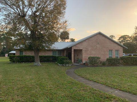 Photo of 463 Ward Dr, Oak Hill, FL 32759