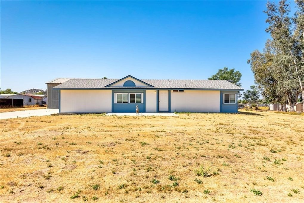28725 Blanik Ave Nuevo Lakeview, CA 92567