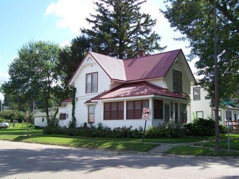 103 Cedar Ave, Charter Oak, IA 51439