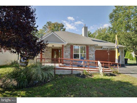 wilmington de houses for sale with 2 car garage. Black Bedroom Furniture Sets. Home Design Ideas