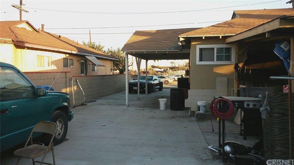 11131 Penrose St, Sun Valley, CA 91352
