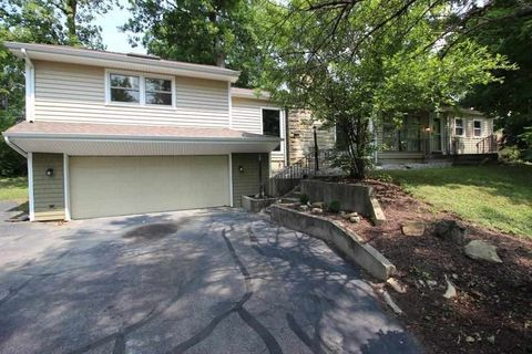 4905 Forest Ave, Fort Wayne, IN 46815