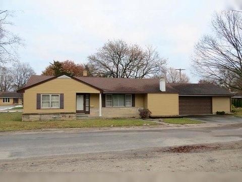 411 N 5th St, Fairbury, IL 61739