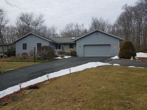 Tobyhanna Pa Waterfront Homes For Sale Realtorcom