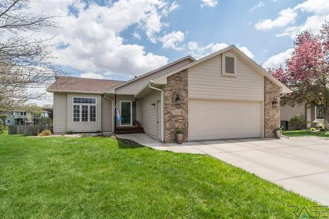 Photo of 3800 E Dawley Ct, Sioux Falls, SD 57103