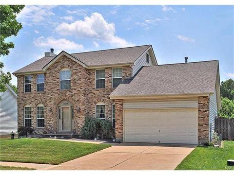 3029 Willow Creek Estates Dr, Florissant, MO 63031