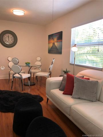 Photo of 11659 Griffing Blvd Apt 1, Miami, FL 33161