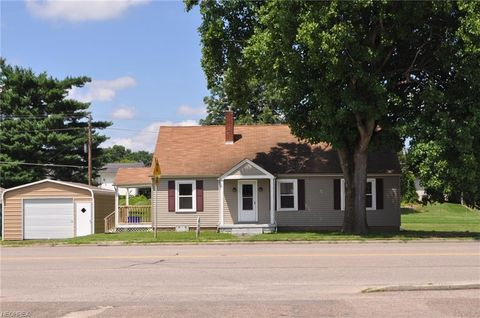 Photo of 447 Main St, Duncan Falls, OH 43734