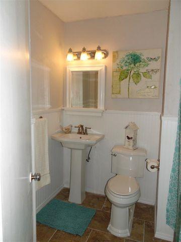 Bathroom Sinks Jackson Ms 5039 ashley dr, jackson, ms 39211 - realtor®
