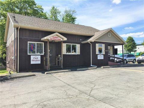 2309 Wilmington Rd, Neshannock, PA 16105